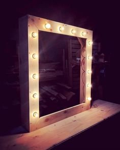 Pallet Mirror with LED lights for Bathroom or Living room - 50+ DIY Pallet Ideas That Can Improve Your Home | Pallet Furniture - Part 3