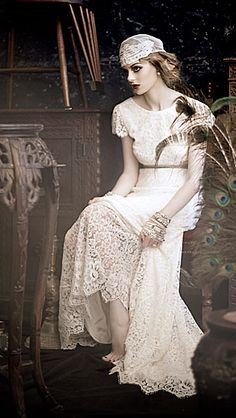 Love this JOHANNA JOHNSON bridal gown ~ Perfect for a Gatsby inspired wedding.....