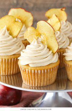 Apple Butter Cupcakes - a deliciously easy cupcake recipe with apple butter in both the cupcake and frosting for lots of great apple flavor | by Lindsay Conchar for TheCakeBlog.com