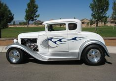 If I could have a hot rod, this would be it.  1931 Ford Model A Coupe - This paint job is spectacular! #hotrodvintagecars