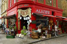 23. at Alice's, Nottinghill, London, UK  on Portobello Road. Crazy Stuff nothing is better!!!!
