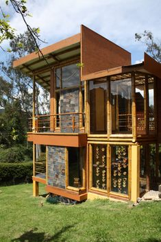 Start building amazing sheds the easier way. with a collection of shed plans! Wooden House Design, Bamboo House Design, Bamboo Architecture, Interior Architecture, Bamboo Structure, Bamboo Construction, Tiny House Cabin, Natural Building, Tropical Houses