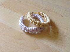 Cotton cord bracelet. knot bracelet. white bracelet. by Kreseme