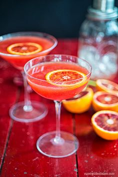 The amazing technicolour cocktail: Blood orange Cosmopolitan | Supergolden Bakes