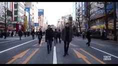 Resultado de imagem para man walking city