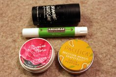 Solid Travel Perfume: Reviewing the Best Brands- Her Packing List