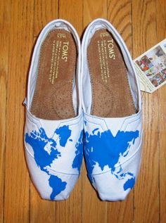 It would be really cool to do this but in outline form so that whenever you walk in a different country in these shoes, you can color it in.