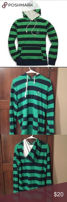 Sorry Top Sider Striped Sweatshirt This is comfy and stylish. The only sign of wear is one of the drawstrings is twisted. Green and navy stripes, long sleeves. Sperry Top-Sider Shirts Sweatshirts & Hoodies
