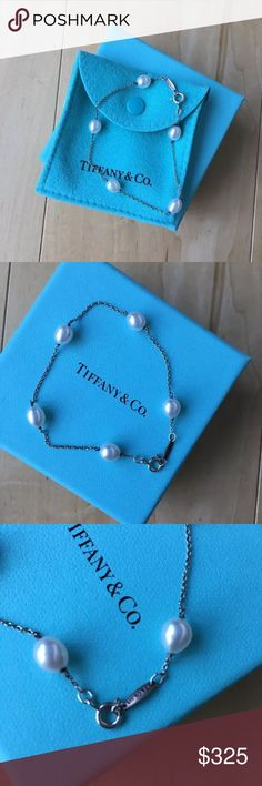 Tiffany & Co Elsa Peretti Pearl Bracelet Gorgeous and brand new. Comes with pouch and box. 7.25 inches. No trades. Price firm. Tiffany & Co. Jewelry Bracelets