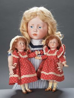 Apples - An Auction of Antique Dolls: 87 Pair,German Bisque Sisters,