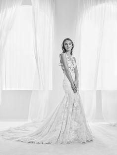 Vestido de novia romántico con placement floral bordado en hilo - Randa - Pronovias | Pronovias