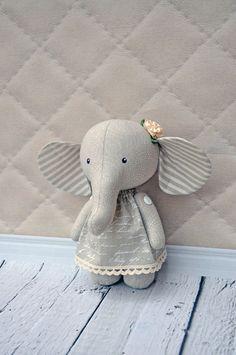 Textilné slon slon slon ragtoy podľa NilaDolss na Etsy