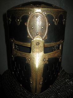 Ancient Armor, Medieval Armor, Elmo, Good Knight, Knight Armor, Arm Armor, Roman Empire, Fantasy Characters, Middle Ages