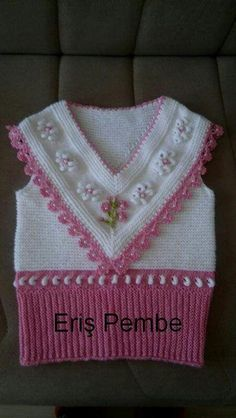 Knitting patterns, knitting designs, knitting for beginners. Kids Knitting Patterns, Crochet Stitches Patterns, Crochet Patterns For Beginners, Knitting Designs, Crochet Baby Jacket, Knitted Baby Cardigan, Loom Crochet, Baby Sweaters, Couture