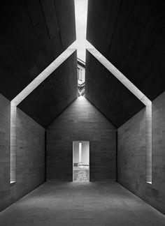 John Pawson 2010 -- Stone House