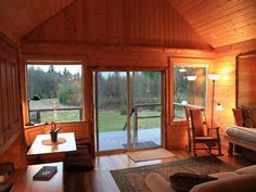 Port Angeles Vacation Cottage - Olympic View Cabins
