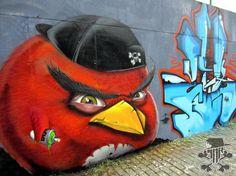 Street art_Graffiti_Angry birds
