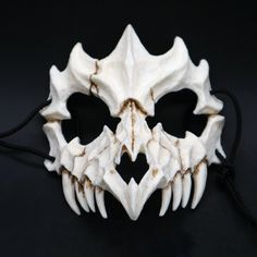 The Mask Of Tiger and Yaksha. Yaksha mask: Height x Width Best gift for yourself, your friends, and cosplay lovers. Tiger Mask: Height x Width Dragon God Mask: Height x Width Maske Halloween, Halloween Clown, Halloween Horror, Halloween Cosplay, Mascara Oni, Stephen King It Clown, Funny Cosplay, Link Cosplay, Creepy Masks