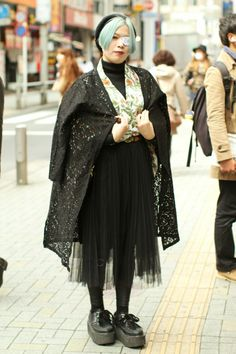Street Style: Tokyo Fashion Week Autumn 2016
