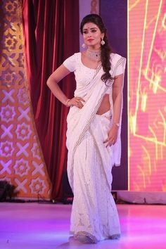 Such a gorgeous look overall! My Saree Wardrobe