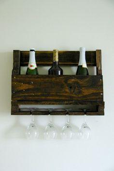DIY Wall-Mounted Wine Racks Made Of Pallets