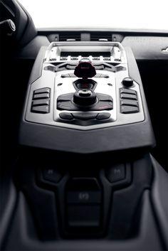 shirakiphoto:    Lamborghini LP700-4 Aventador in Bianco Canopus (satin white pearl)  complete set..::here::..