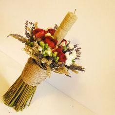 yau flori_lamanare de botez scurta din ceara natrala Baptism Candle, Sunset Wedding, Wedding Flowers, Wedding Dresses, Grapevine Wreath, Christening, Concept, Wreaths, Candles
