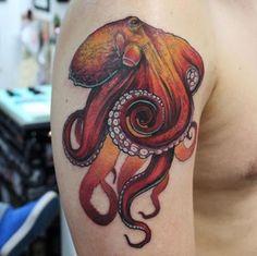 Este polvo vermelho tatuagem