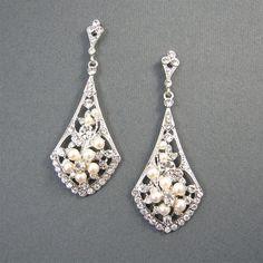 Vintage Style Bridal Earrings, Ivory Pearl Wedding Earrings, Pearls and Crystals Rhinestone Silver Dangle Earrings, Bridal Jewelry