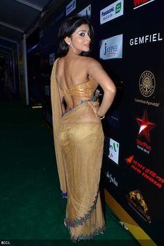 e782c587112b5 Bollywood hotties sizzle   IIFA 2012