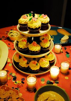 #birthday #cupcakes Birthday Cupcakes, Cupcake Recipes, Nom Nom, Desserts, Food, Anniversary Cupcakes, Tailgate Desserts, Deserts, Essen