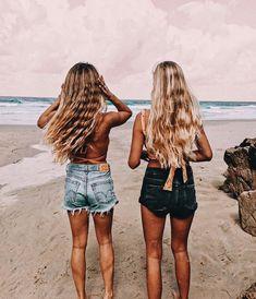 Pin by taylah 🦋 on friends best friend photos, summer photos, bff pictures. Bff Pics, Photos Bff, Cute Friend Pictures, Friend Photos, Cute Photos, Photo Summer, Summer Photos, Cute Summer Pictures, Videos Instagram