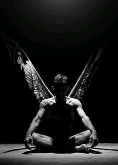 Идея для фотосессии с крыльями ангела Прокат крыльев ангела в Минске, в Беларуси NF Decor vk.com/nfdecor Крылья в аренду
