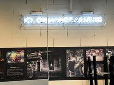 Enseignes Woko Bordeaux Fabricant, Lyon, Bordeaux, Neon Signs, Illuminated Signs, Bordeaux Wine