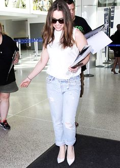 Emilia Clarke arrives at LAX from San Francisco on March 24th, 2015.