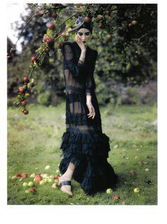 Vogue Italia (February 2009) 'Fairy Tale' Ph::Tim Walker