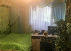 Nem létezik, hogy valaki így él egy panelház sokadik emeletén! Egy apró kis paradicsom! Curtains, Home Decor, Interiors, Blinds, Decoration Home, Room Decor, Draping, Decorating, Tents