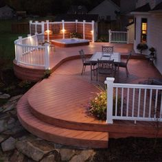 Love this deck! If only there was a screened in porch somewhere!