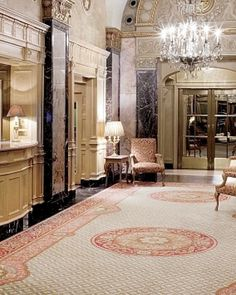 In the lobby, marble walls and low chandeliers evoke the Sherry's Old World glamour. #Jetsetter  http://www.jetsetter.com/hotels/new-york/new-york-city/819/the-sherry-netherland?nm=serplist=14=image