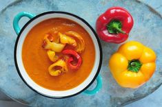 Zupa krem z papryki pieczonej Thai Red Curry, Stuffed Peppers, Dinner, Vegetables, Ethnic Recipes, Blog, Dining, Stuffed Pepper, Food Dinners