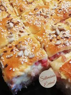 Gyakran elkészítem, mert finom és egyszerű, megéri kipróbálni, nem lehet betelni vele! hozzávalók 30×30 cm-es tepsihez Tészta: 1/2 kg finomliszt 1/2 ek só 1/2 dl olaj 1 tojás sárgája 3 dl tej 3 dkg élesztő 1 tk cukor Töltelék: 35 … Egy kattintás ide a folytatáshoz.... → Hawaiian Pizza, Muffin, Bacon, Breakfast, Muffins, Pork Belly, Morning Breakfast
