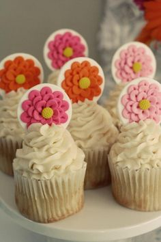 Mason Jar Flower Themed Party - Flower Disc Cucakes