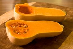 Check out this quick video on how to peel a butternut squash and save yourself some time and effort. Check out butternut squash soup recipes! Butternut Squash Benefits, Paleo Butternut Squash Soup, Baby Puree Recipes, Baby Food Recipes, Ninja Recipes, Food Tips, Soup Recipes, Diet Recipes, Chou Kale
