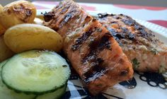 Marinaden består av honning, lime, koriander, sweet chili sause og svart pepper Pork, Meat, Kale Stir Fry, Pigs, Pork Chops