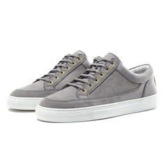 Make sure you have your sneakers for this Fall. This lovely pair is from ETQ-Amsterdam Grey Sneakers, Casual Sneakers, Vans, Style Inspiration, Mens Fashion, Amsterdam, Stylish, Shopping, Shoes