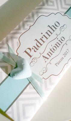 Chocolate Grego Cinza Chocolate Preto de 125gr – Embalagem de papel personalizada com coração de gesso perfumado. Pode também escolher Chocolate Porto