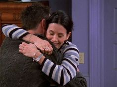 Monica Friends, Chandler Friends, Joey Friends, Friends Cast, Friends Season, Friends Tv Show, Chandler Bing, Monica And Chandler, Best Series