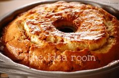 Cinnamon Chip Bundt Cake|theidearoom.net