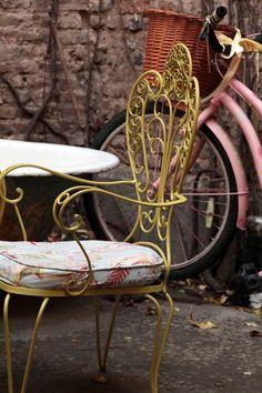 Los recientes elegidos de Alma Singer Take Me Out / Alma Singer Metal Furniture, Outdoor Furniture, Outdoor Decor, Sweet Home, Bench, Iron, Park, Chair, Ideas Para