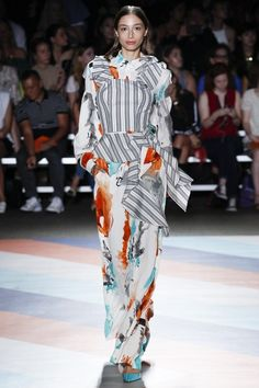 http://www.vogue.com/fashion-shows/spring-2017-ready-to-wear/christian-siriano/slideshow/collection
